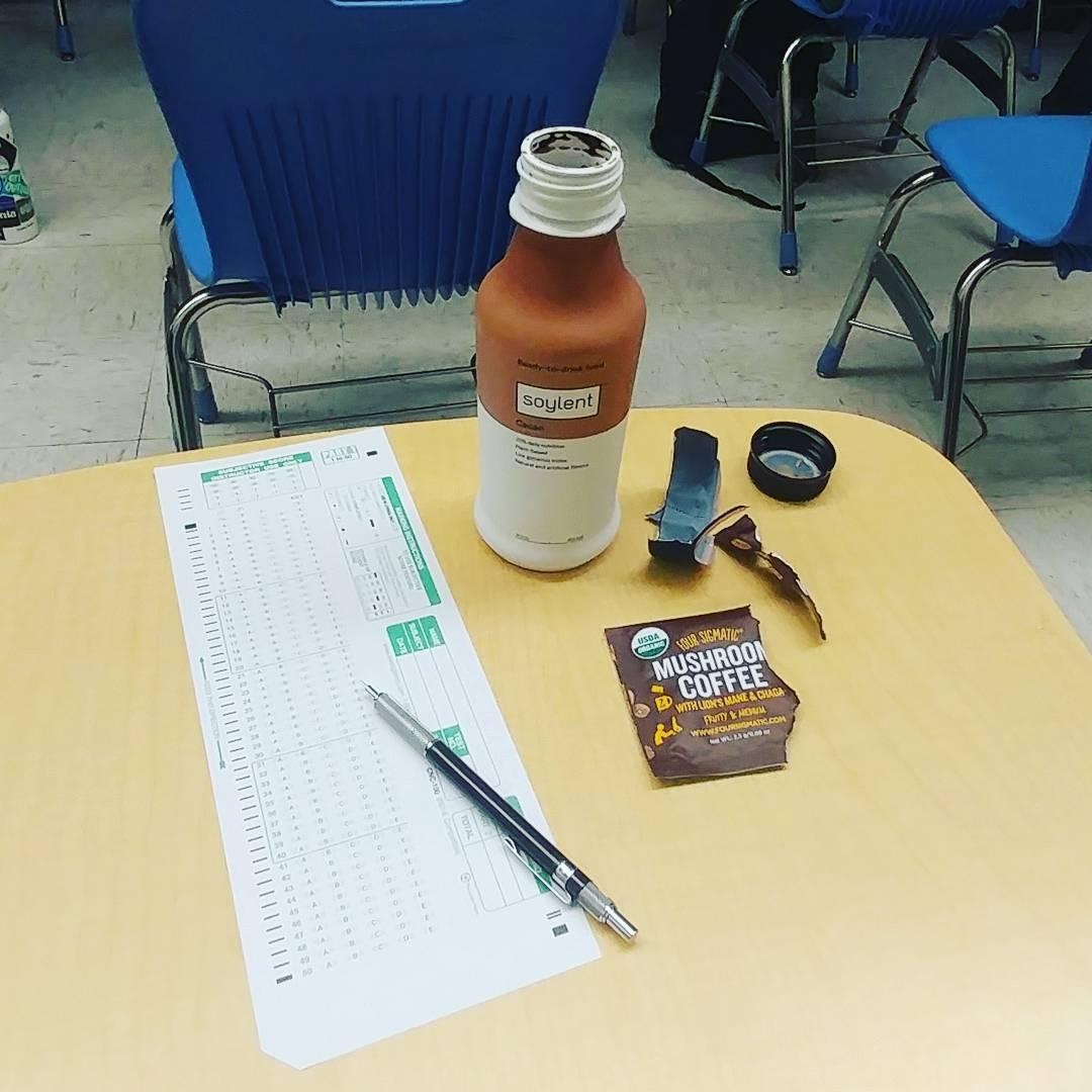 C O G N I T I V E  B O Y E  #soylent #soylentcaco #foursigmatic #mushroomcoffee #coffee #school
